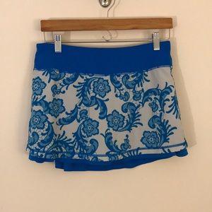 Lululemon skirt size 6